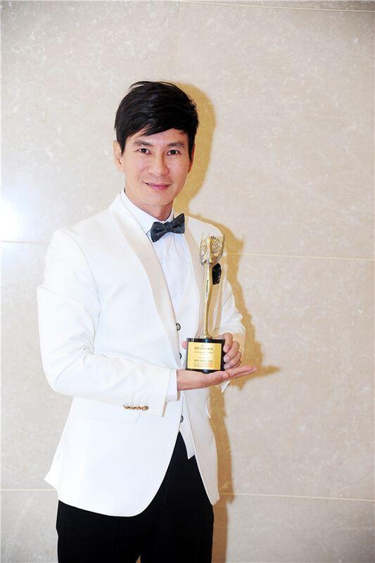 Lý Hải bất ngờ đoạt giải thưởng Đạo diễn xuất sắc nhất Châu Á - Tin sao Viet - Tin tuc sao Viet - Scandal sao Viet - Tin tuc cua Sao - Tin cua Sao